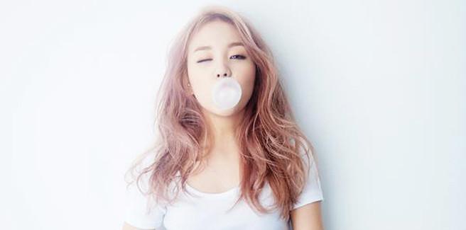 Baek Ah Yeon torna con 'So So' e conquista di nuovo le classifiche