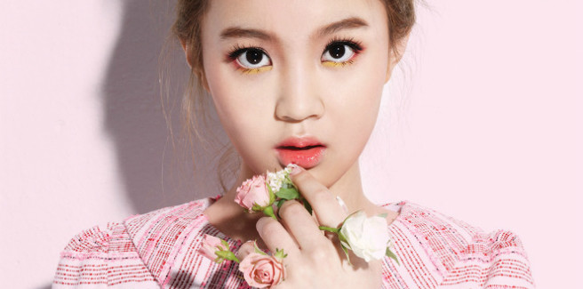 Lee Hi torna con l'MV di 'My Star' e parla dell'imbarazzante bacio