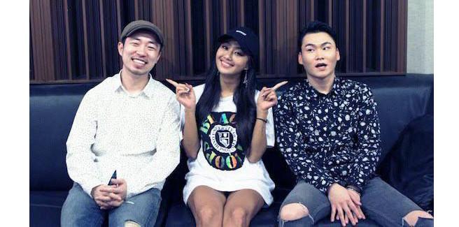 Hyorin delle SISTAR, Yang Da Il e Jung Key nella ballad 'And Then'