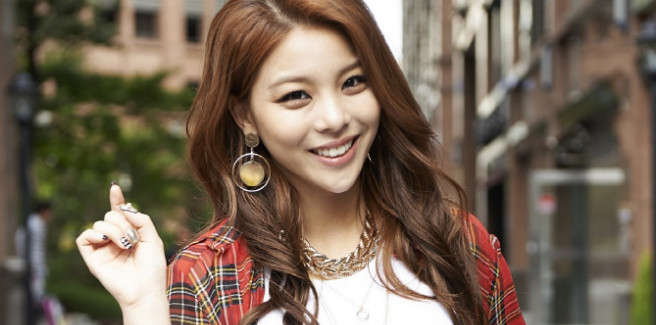 "Successo per il singolo ""I Will Go To You Like The First Snow"" di Ailee"
