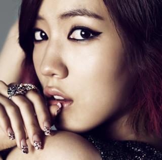 Hwayoung attacca Kim Woo Ri dopo i suoi racconti sul periodo T-ara