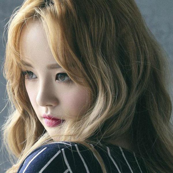 sally_unicorn_comeback_photoshoot_02