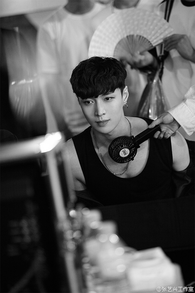 whatuneed_lay_exo_teaser_02