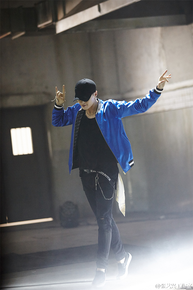 whatuneed_lay_exo_teaser_04