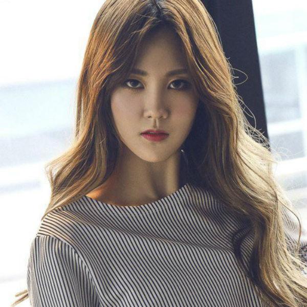 yujin_unicorn_comeback_photoshoot_04
