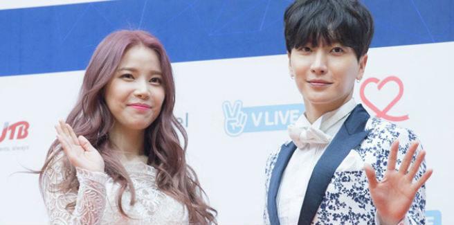 Leeteuk dei Super Junior pubblicizza il comeback ai Gaon Chart Music Awards