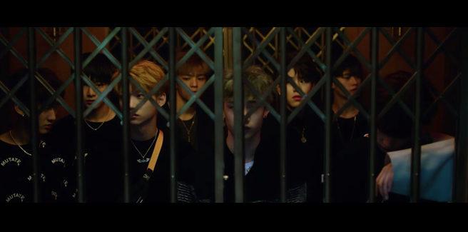 I trainee della JYP, Stray Kidz, nell'MV di 'Hellevator'