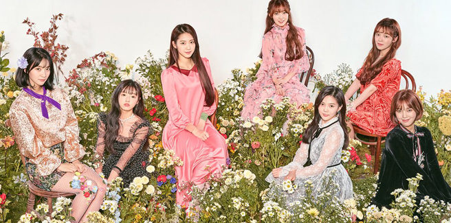 Le Oh My Girl nell'MV di 'Secret Garden'