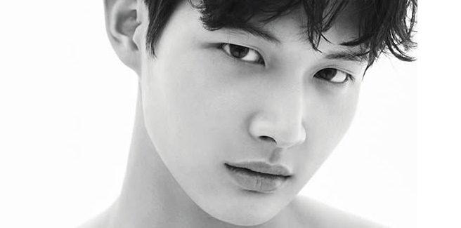 Lee Seo Won si arruola nel bel mezzo della causa per molestie sessuali