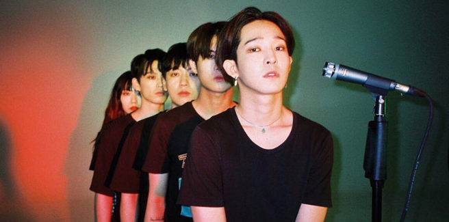 La South Club con Nam Tae Hyun nell'MV di 'Outcast'