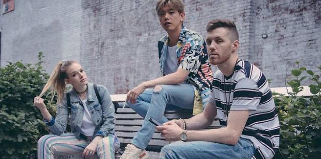 Il duo americano Loote pubblica 'Your Side Of The Bed' con Eric Nam