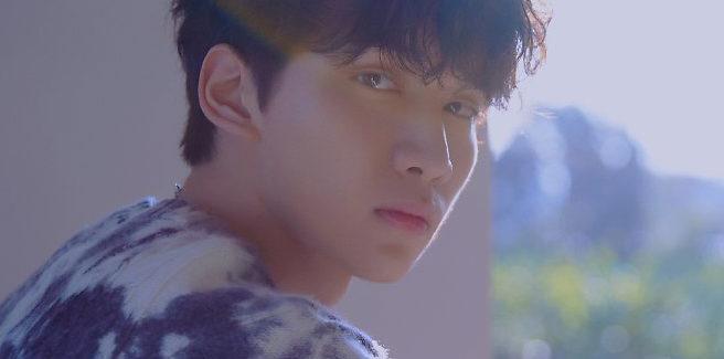 Hyuk dei VIXX torna con la dolce 'Winter Butterfly'