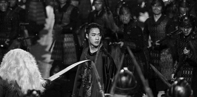 """Lay degli EXO unisce passato e presente nell'emozionante """"莲(Lit)"""""""