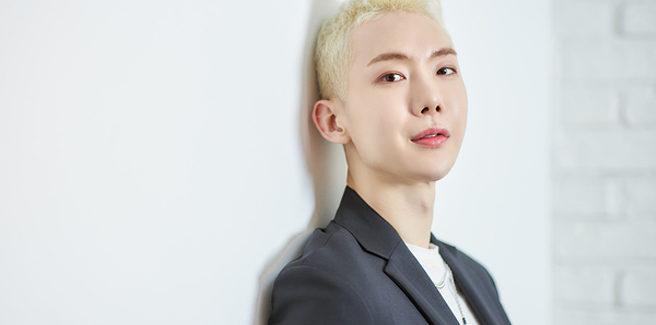 Jo Kown dei 2AM si definisce 'senza genere' e racconta del supporto di Bang Si Hyuk