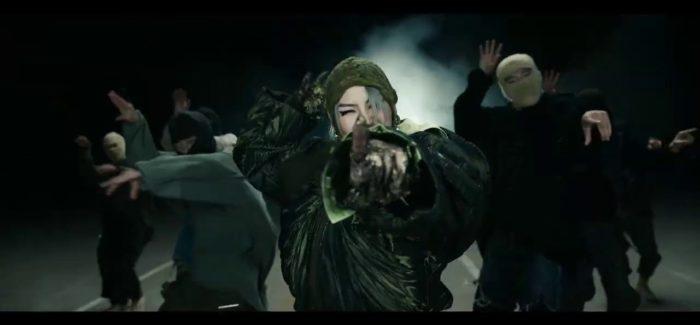 """CL, ex-2NE1, torna con """"H₩A"""" e """"5STAR"""""""